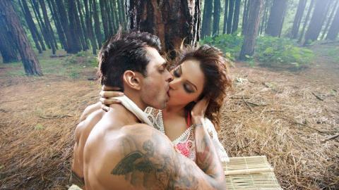 Canvas (Love Movie, Erotic, HD, Full Movie, English, Drama, Romance Film) Free Drama Movies