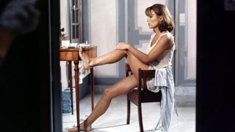 At Last At Last - La Moglie - The Virgin Wife - Sexy Italian Movie